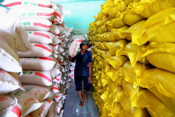Doanh nghiệp từng xù hợp đồng vẫn trúng thầu gạo dự trữ quốc gia - Ảnh 1.