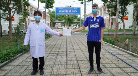 Thêm 2 ca ra viện, Việt Nam đã có 171 ca khỏi bệnh - Ảnh 1.