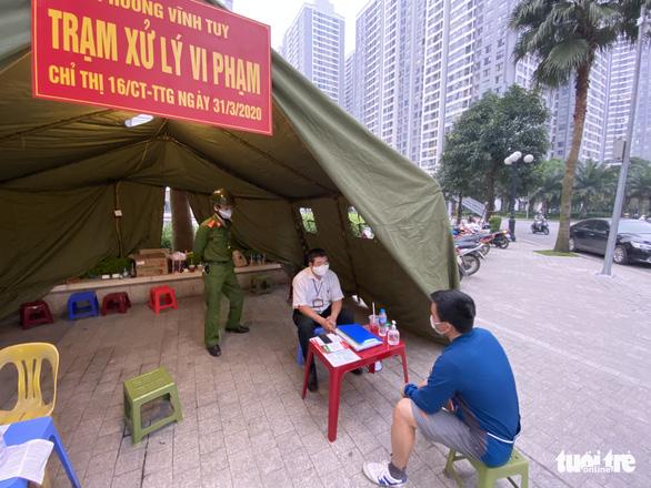 Từ ngày mai 16-4, Hà Nội cho phép tất cả công trình xây dựng hoạt động - Ảnh 1.