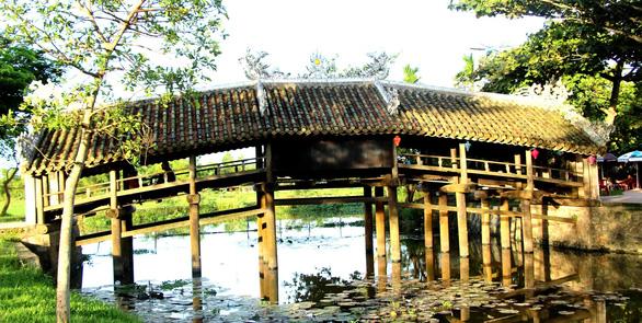 Tiến hành hạ giải để trùng tu cầu ngói Thanh Toàn, di tích hơn 2 thế kỷ - Ảnh 4.