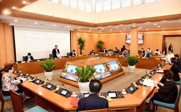 Chủ tịch Tập đoàn BRG đề nghị Hà Nội cho khách sạn, sân golf mở cửa lại - Ảnh 1.