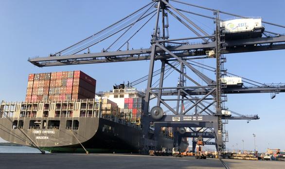 Thêm tuyến tàu chở hàng đi Bắc Mỹ giữa mùa dịch COVID-19 - Ảnh 1.