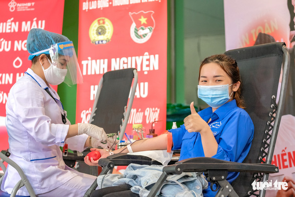 Miss Charm International Quỳnh Nga cùng hàng trăm bạn trẻ hiến máu mùa COVID-19 - Ảnh 11.