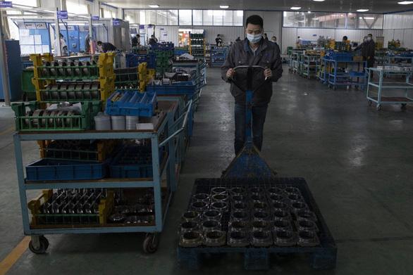 Kinh tế Trung Quốc giảm nặng nề nhất từ năm 1976 - Ảnh 1.