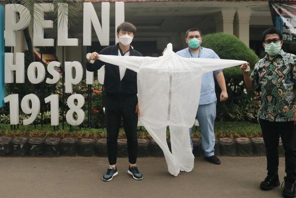 Về Hàn Quốc, HLV Shin Tae Yong nói Indonesia chống dịch kém - Ảnh 2.