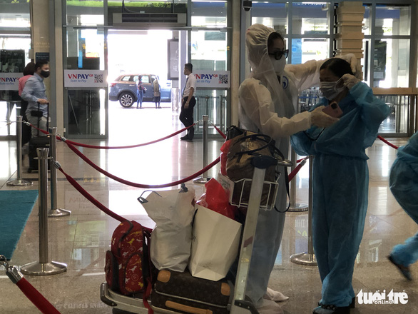 Tăng thêm chuyến bay chặng TP.HCM - Hà Nội, giá vé cao - Ảnh 5.