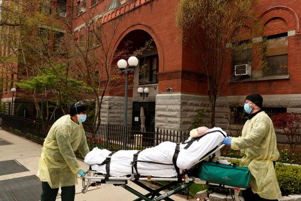 Dịch COVID-19 sáng 18-4: Thế giới hơn 154.000 người chết, Việt Nam thêm 3 ca khỏi bệnh - Ảnh 6.