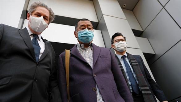 Anh, Mỹ và Trung Quốc đối đầu trong vụ bắt người biểu tình ở Hong Kong - Ảnh 1.