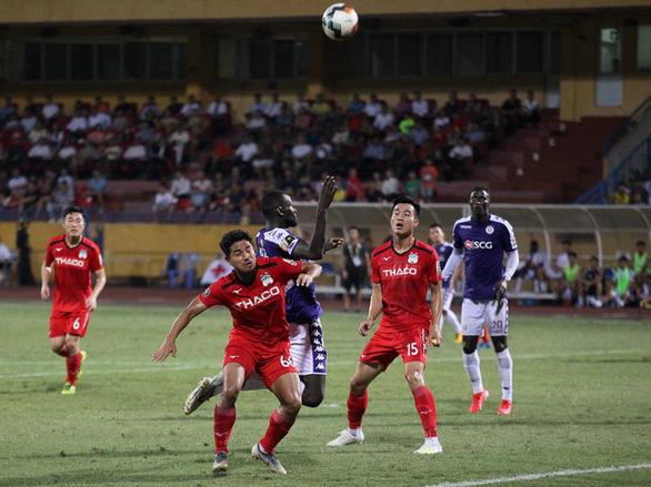 V-League 2020 có thể mở cửa cho khán giả vào sân khi thi đấu trở lại - Ảnh 1.