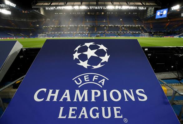 UEFA hoãn các hoạt động bóng đá vô thời hạn - Ảnh 1.