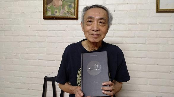 Ra mắt Truyện Kiều bản tiếng Anh của Dương Tường - Ảnh 1.