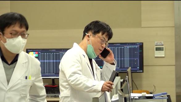 Hàn Quốc phát sóng 'Tôi đang sống ở Daegu' - Phim tài liệu ở tâm chấn COVID-19 - Ảnh 4.
