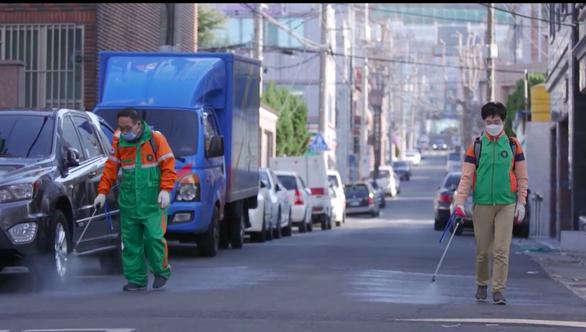 Hàn Quốc phát sóng 'Tôi đang sống ở Daegu' - Phim tài liệu ở tâm chấn COVID-19 - Ảnh 7.