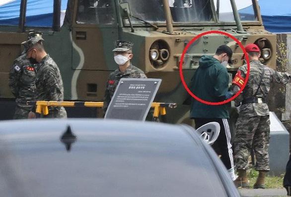 Son Heung Min bắt đầu tham gia nghĩa vụ quân sự - Ảnh 2.