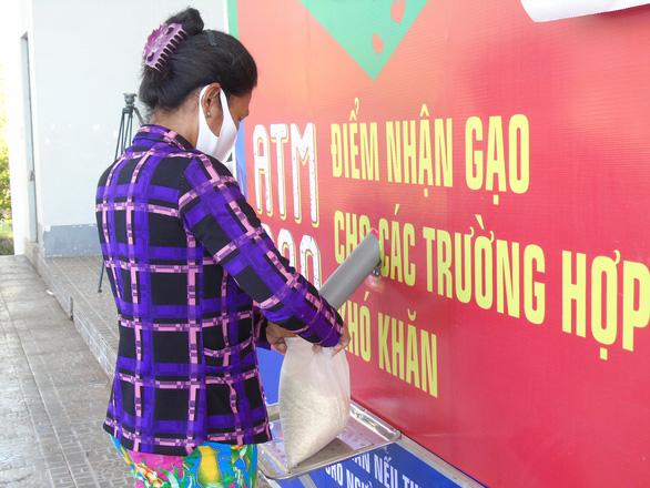 4 ATM gạo đồng loạt hoạt động tại Hậu Giang - Ảnh 1.