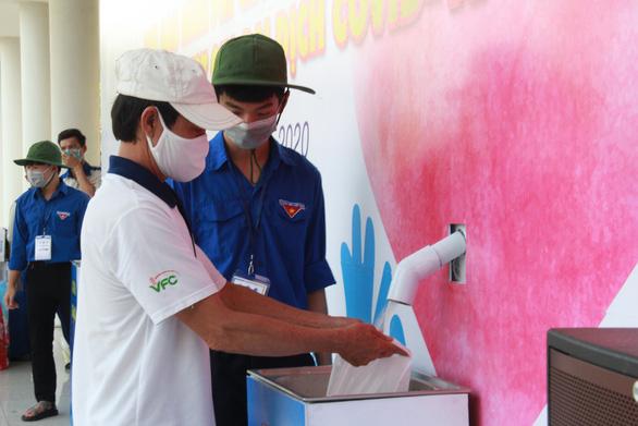 'ATM gạo' sẽ giúp người khó khăn Đà Nẵng suốt 2 tháng - Ảnh 1.