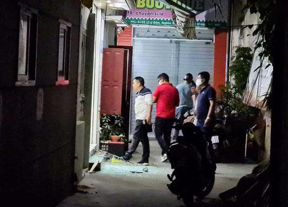 Điều tra 2 vụ nổ súng liên tiếp trong đêm tại Hải Phòng - Ảnh 1.