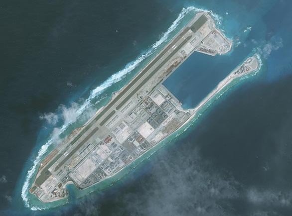 Trung Quốc ngang ngược đặt tên đảo, lập quận Tây Sa, Nam Sa trên Biển Đông - Ảnh 1.