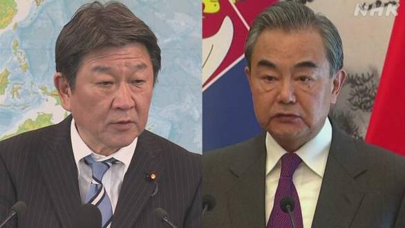 Ngoại trưởng Nhật điện đàm với ngoại trưởng Trung Quốc, bày tỏ quan ngại ở Biển Đông - Ảnh 1.