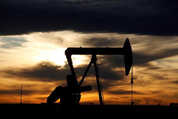 Úc chi 59 triệu USD mua dầu rồi gửi tại kho dự trữ Mỹ - Ảnh 1.