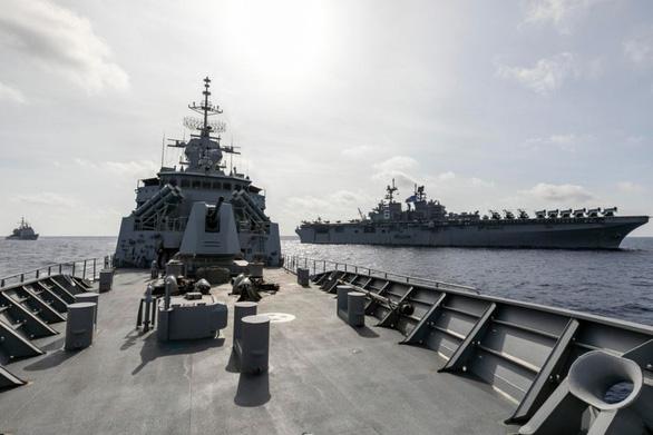 Úc tập trận với Mỹ gần khu vực tàu Hải Dương địa chất 8 của Trung Quốc ở Biển Đông - Ảnh 1.