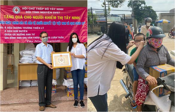 Hứa Vĩ Văn bán tranh, Đại Nghĩa lắp ATM gạo và các sao Việt làm từ thiện trong mùa dịch - Ảnh 5.
