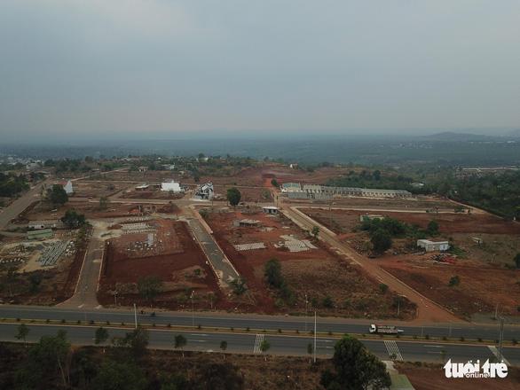 Mới có chủ trương đã xây khu biệt thự trên đất nông nghiệp: 2 năm chưa xử lý được - Ảnh 3.