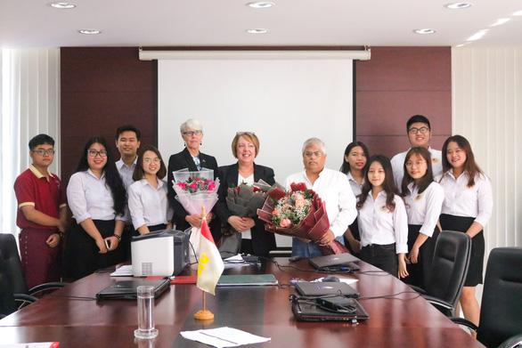 Trường đại học đầu tiên ở Việt Nam đạt kiểm định của Mỹ - Ảnh 4.