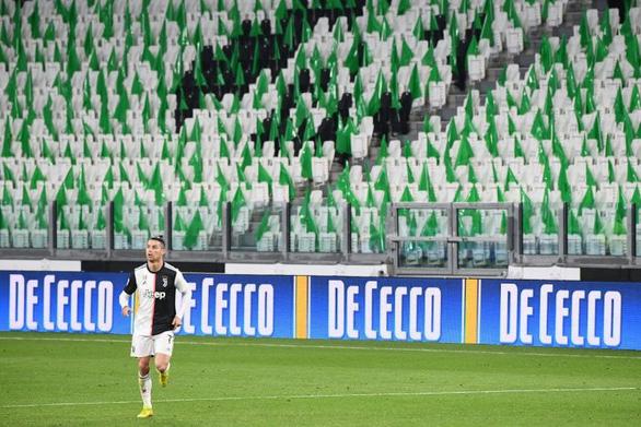 Serie A lùi thời hạn kết thúc mùa giải sang tháng 8 - Ảnh 1.