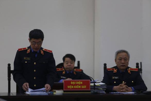 Viện kiểm sát đề nghị giữ nguyên mức án chung thân cựu Bộ trưởng Nguyễn Bắc Son - Ảnh 2.