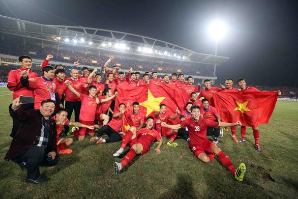Mua bản quyền AFF Cup 2020: Cuộc đua mạo hiểm - Ảnh 1.