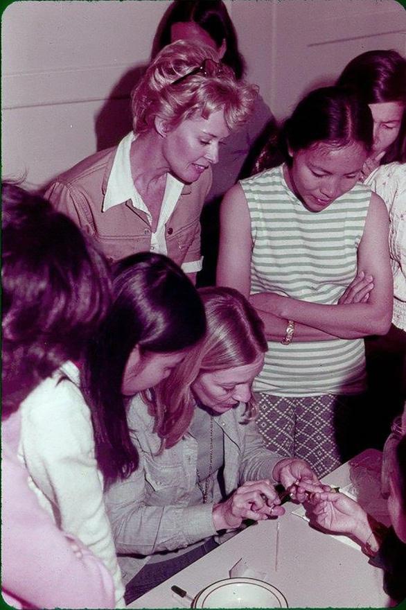 Tippi Hedren - Người đẹp tóc vàng -  ân nhân của  nhiều người Việt ở Mỹ - Ảnh 5.