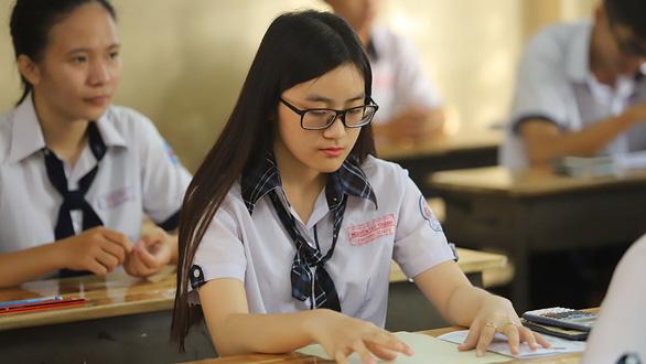 Phương án thi tốt nghiệp THPT và tuyển sinh ĐH: nhiều câu hỏi gửi Bộ GD-ĐT - Ảnh 1.