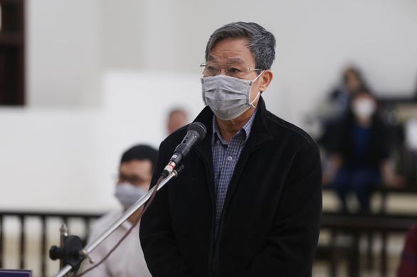 Cựu bộ trưởng Nguyễn Bắc Son xin được giảm án để có cơ hội về với gia đình - Ảnh 1.
