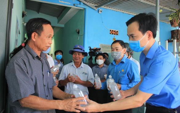Nhiều chủ nhà trọ Đà Nẵng miễn, giảm tiền phòng cho người lao động - Ảnh 1.
