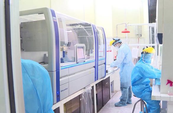 Thủ tướng chỉ đạo thanh tra các gói thầu mua vật tư y tế phòng chống dịch COVID-19 - Ảnh 1.
