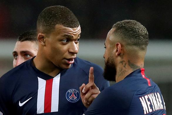 Thêm giải bóng đá Pháp bị hủy vì COVID-19 - Ảnh 1.