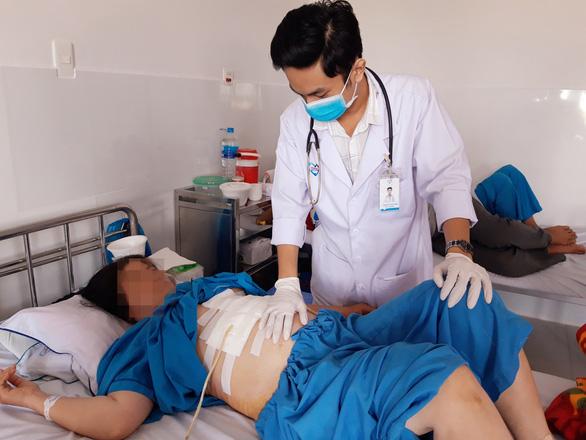 Phẫu thuật điều trị sỏi đường mật trong gan - Ảnh 2.