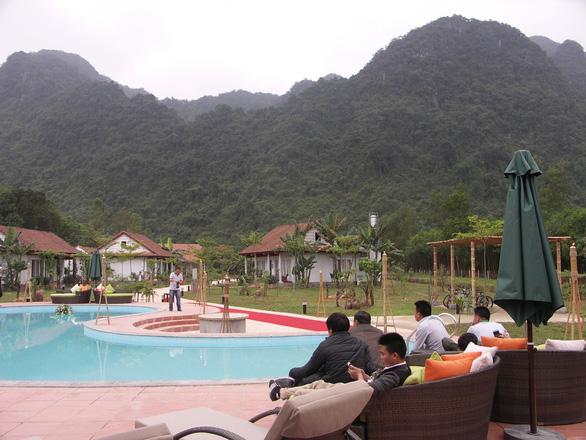 Nhiều điểm du lịch ở Quảng Bình giảm giá vé để hút khách trở lại - Ảnh 1.