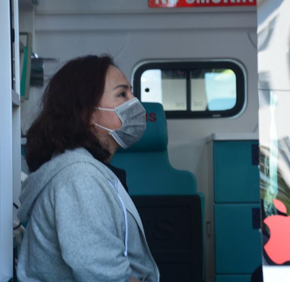 Bệnh nhân 34 siêu lây nhiễm cùng nhiều thành viên gia đình xuất viện - Ảnh 2.