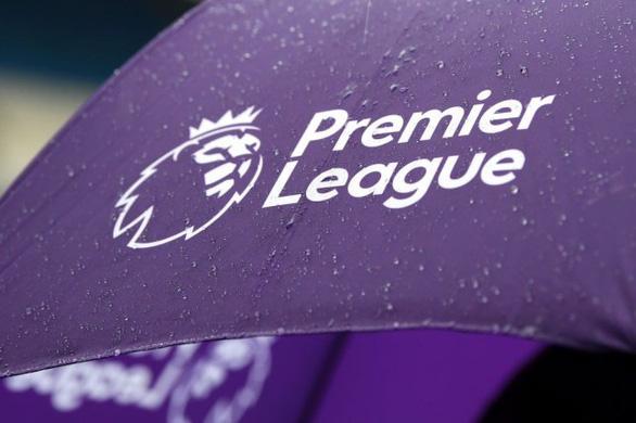 Premier League hoãn vô thời hạn, chỉ trở lại khi an toàn - Ảnh 1.