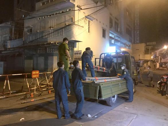 Bình Thuận dỡ bỏ khu cách ly dân cư tại Phan Thiết - Ảnh 2.