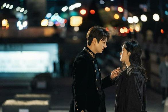 Khán giả trông chờ sự trở lại của Lee Min Ho trong Quân vương bất diệt