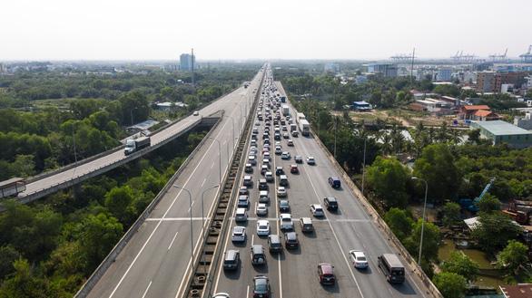 Cao tốc TP.HCM - Long Thành - Dầu Giây không xả trạm thu phí dù được yêu cầu nhiều lần - Ảnh 1.