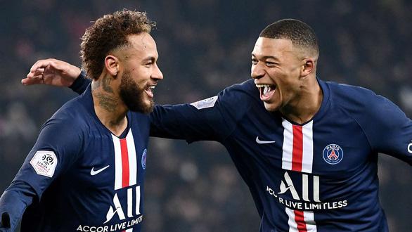 Đội PSG được trao chức vô địch Ligue 1 của Pháp - Ảnh 1.