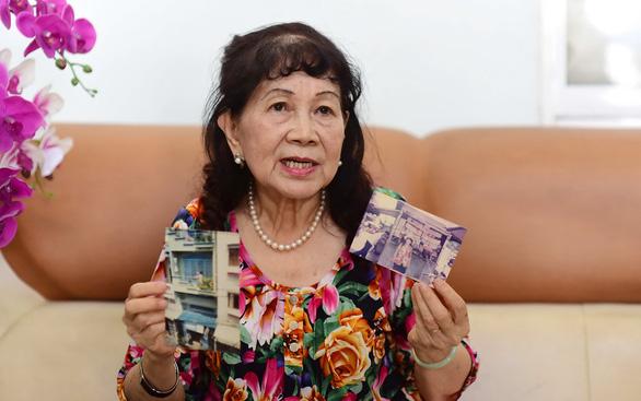 Cô giáo 40 năm bán báo nuôi chữ - Ảnh 1.