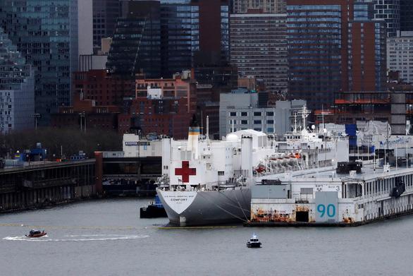 Dịch COVID-19 sáng 4-4: Số bệnh nhân chết ở New York bằng số người chết vụ 11-9 - Ảnh 3.
