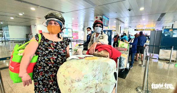 Hàng không giảm bay đến Đà Nẵng vì quy định cách ly khách từ TP.HCM, Hà Nội - Ảnh 1.
