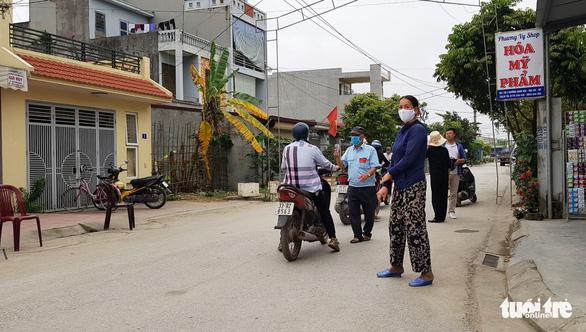 Vì sao Hải Phòng, Đà Nẵng cách ly tự trả phí với người về từ Hà Nội, TP.HCM? - Ảnh 2.