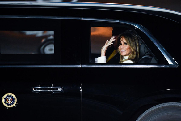 Đệ nhất phu nhân Mỹ kêu gọi mọi người đeo khẩu trang - Ảnh 1.